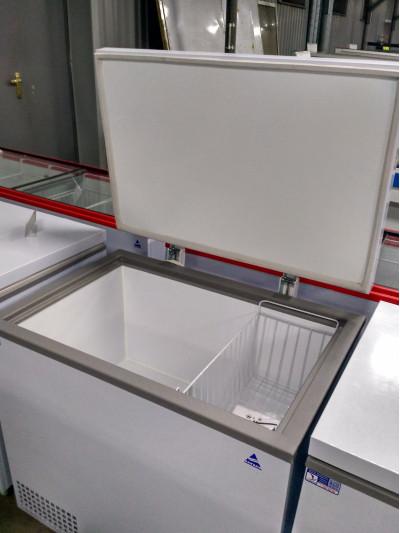 Морозильный ларь АНГАРА -300 крышка